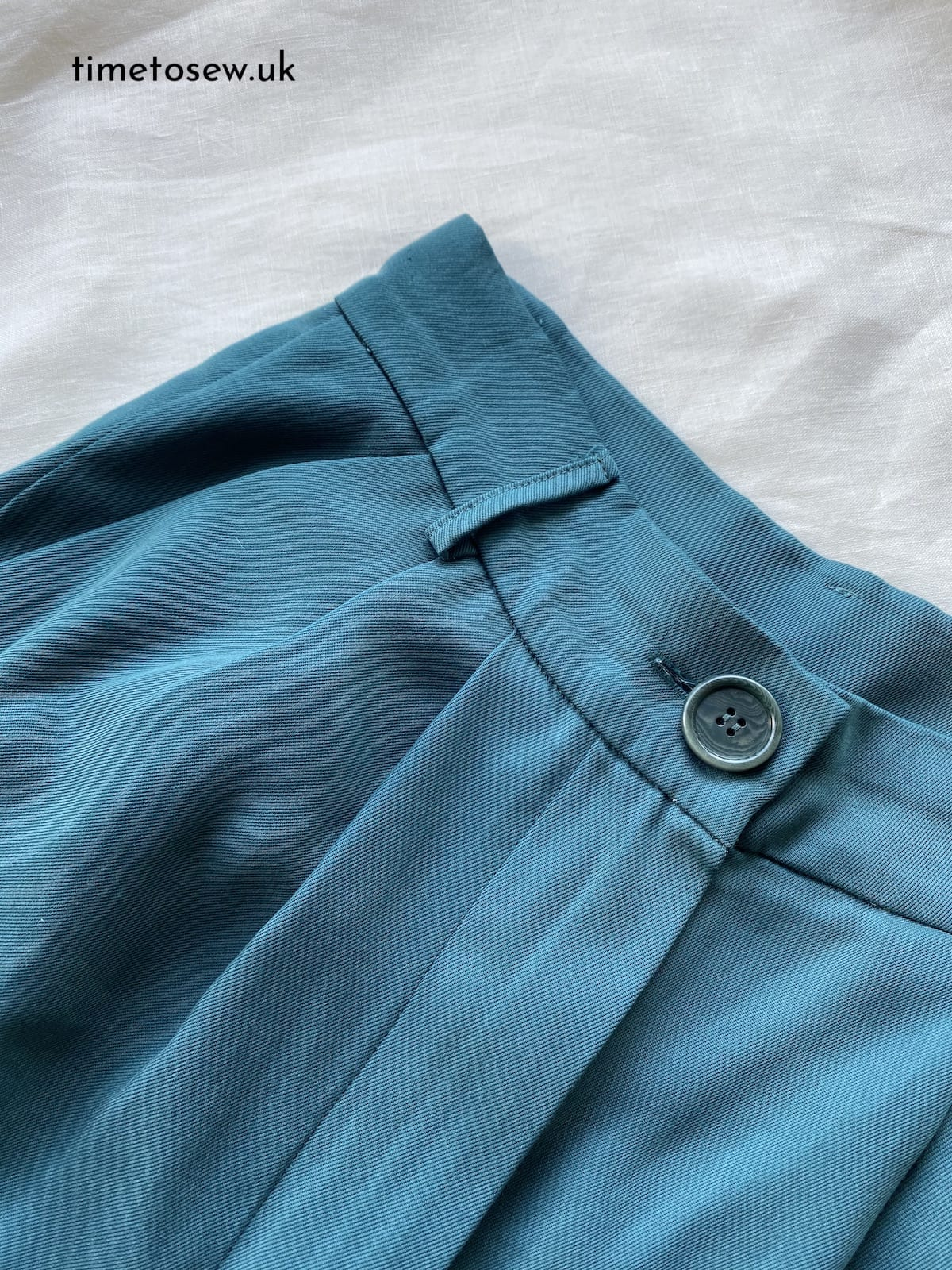 Just Patterns Tatjana Trousers by Time to Sew button close up
