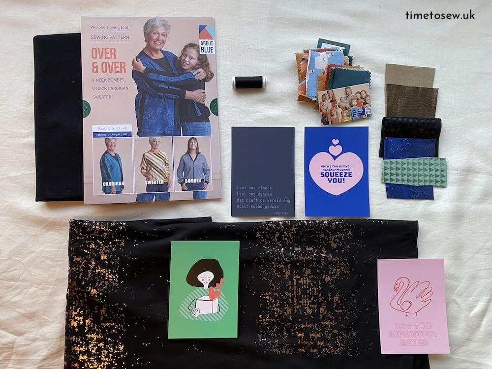 Flat lay of Lotte Martens Cypres Box contents